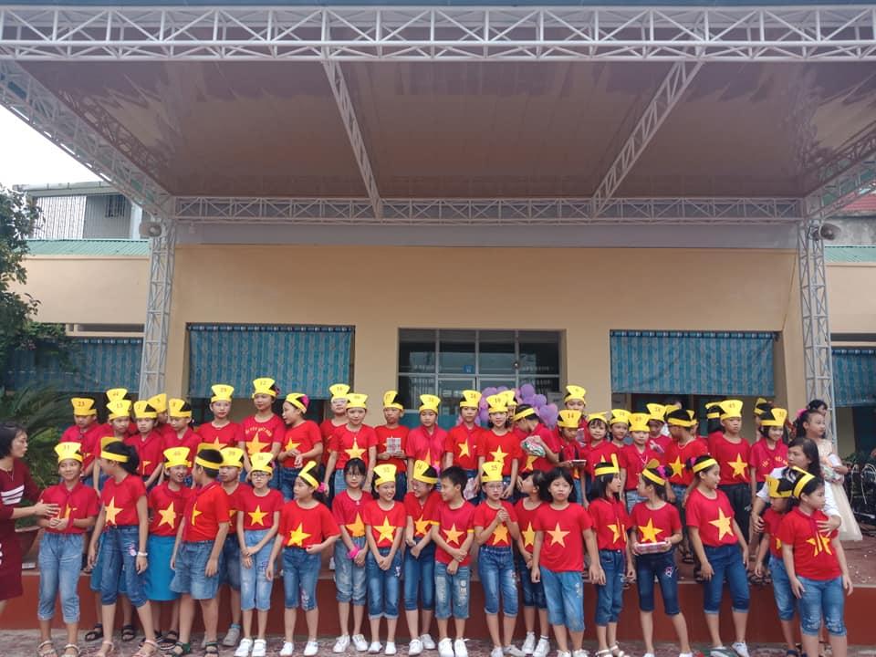 Câu lạc bộ Tiếng Anh năm học 2018 - 2019